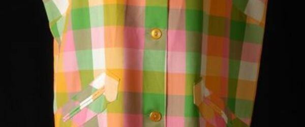 Mouwloos jasschort van geblokt katoen in groen, roze, oranje en wit
