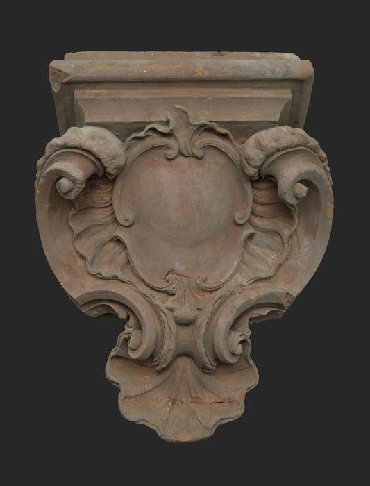Terracotta console in lodewijk xv stijl museum rotterdam van de stad - Garderobe stijl van lodewijk xv ...