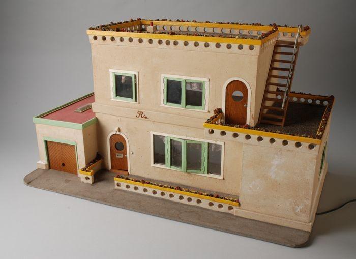 """Poppenhuis """"Ria"""" met woonkamer, keuken, hal, en toilet op begane ..."""